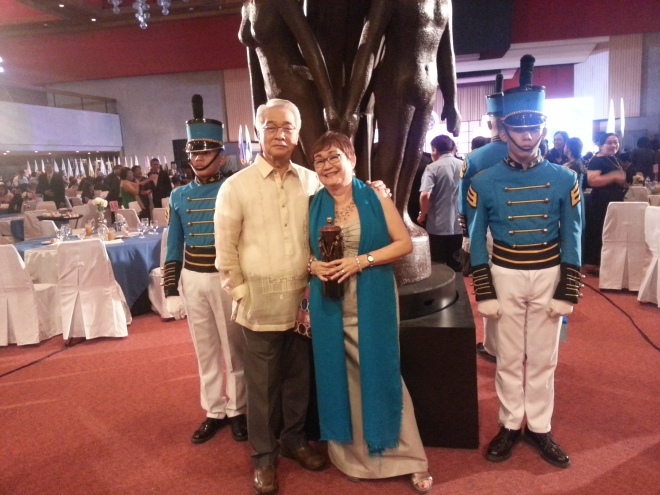 Dr. Honey Carandang with her husband President and DEan of St.Luke's College of Medicine, Dr. Brigido L. Carandang.